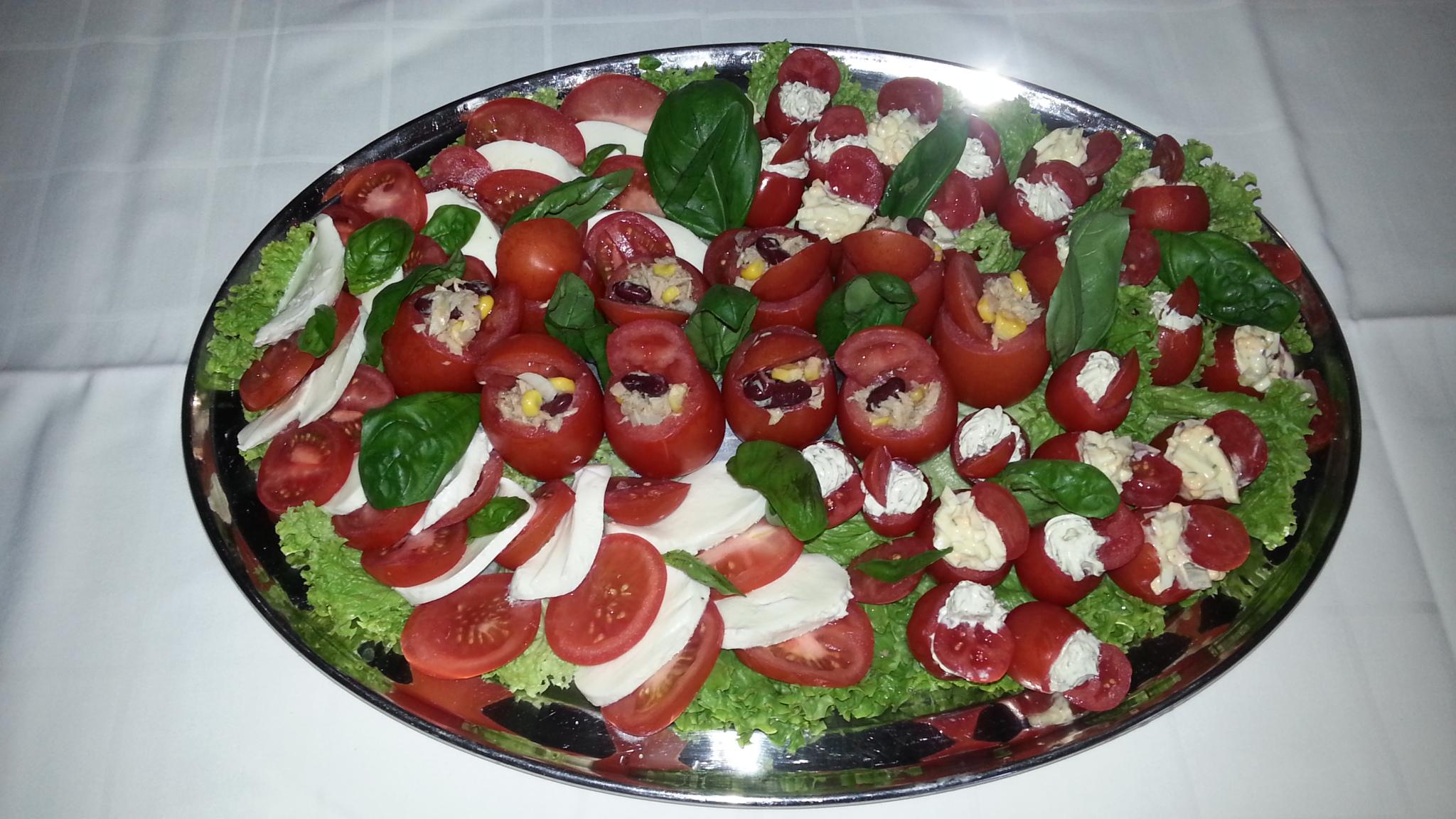 gefüllte Tomatenplatte